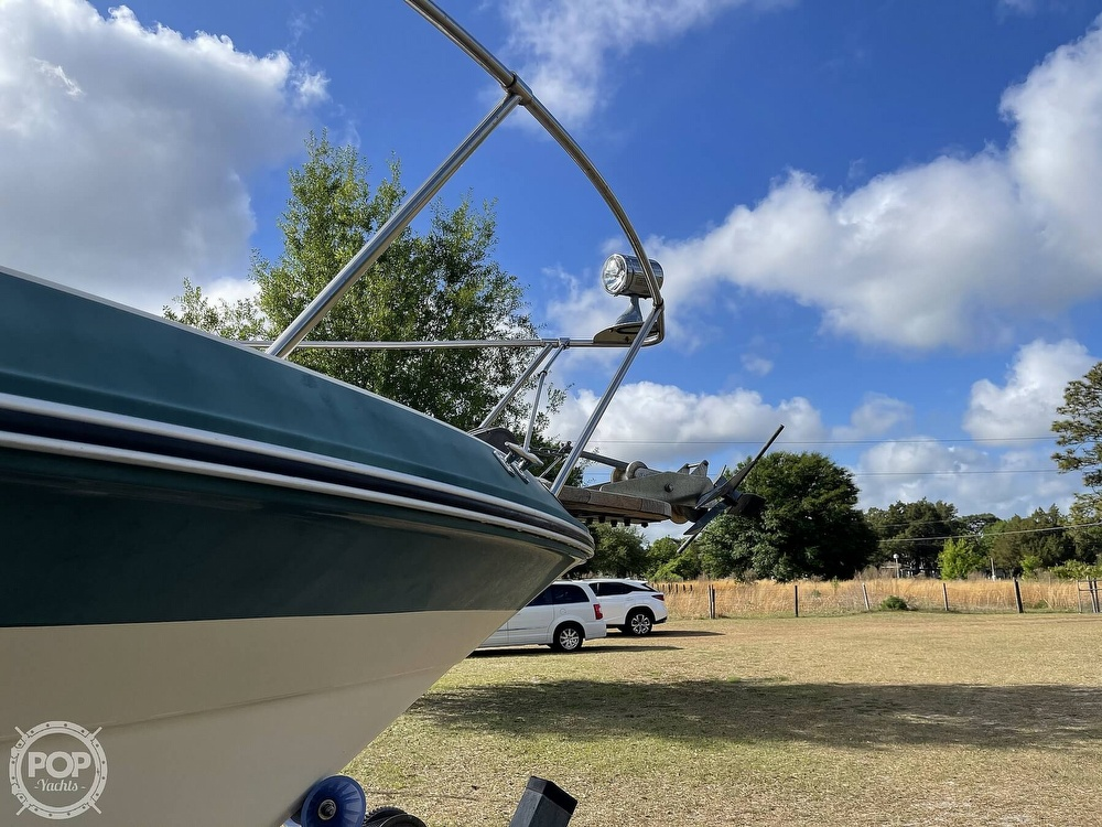1988 Sea Ray boat for sale, model of the boat is 268 Sundancer & Image # 6 of 40