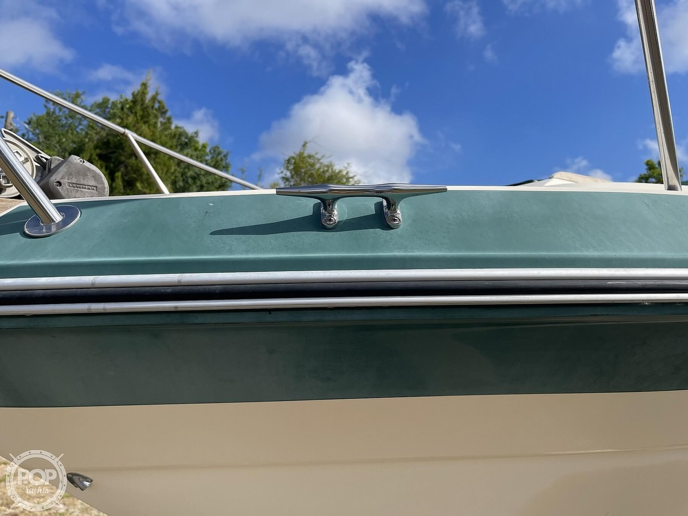1988 Sea Ray boat for sale, model of the boat is 268 Sundancer & Image # 25 of 40