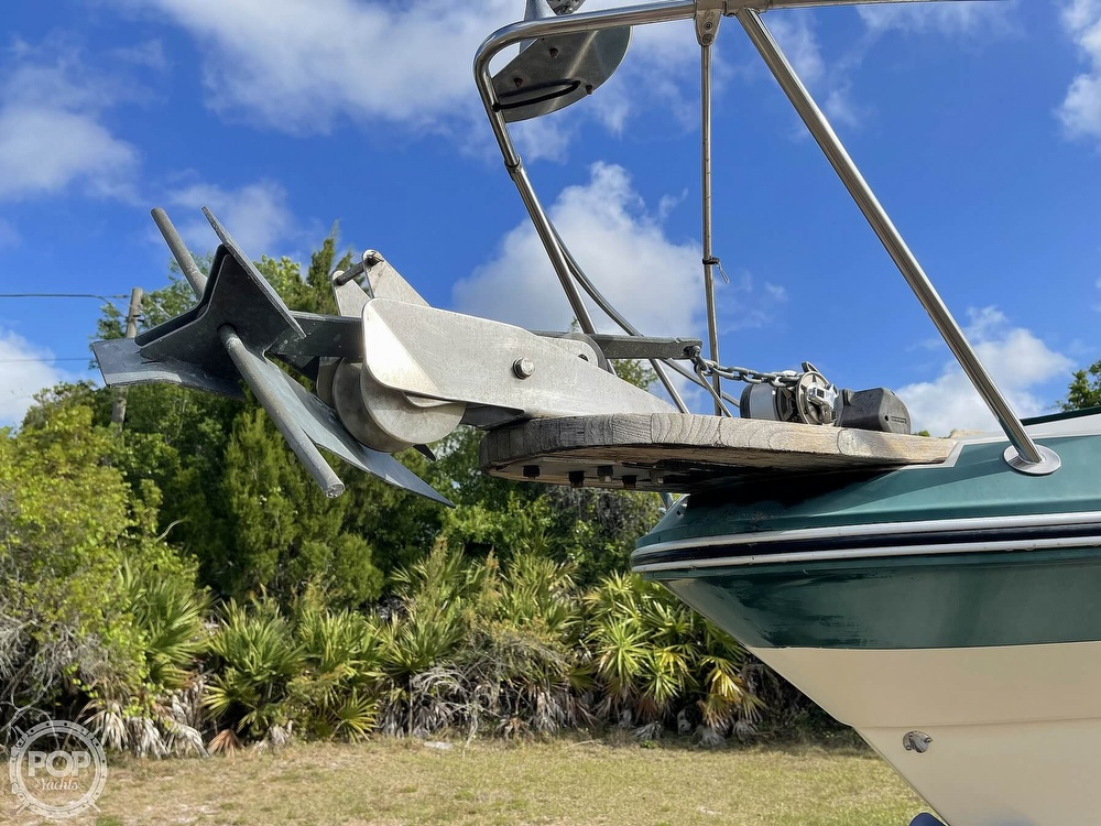 1988 Sea Ray boat for sale, model of the boat is 268 Sundancer & Image # 36 of 40