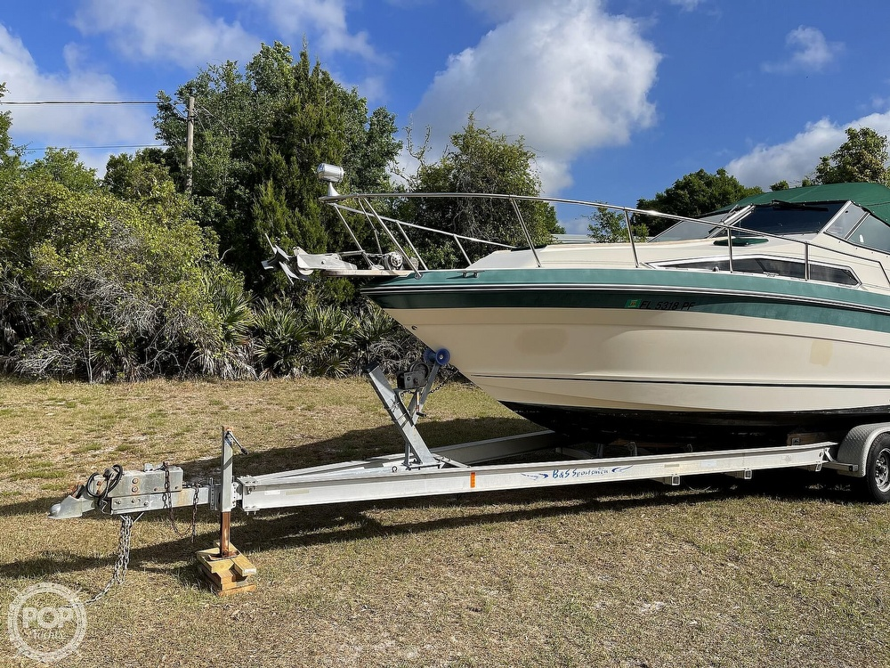 1988 Sea Ray boat for sale, model of the boat is 268 Sundancer & Image # 2 of 40