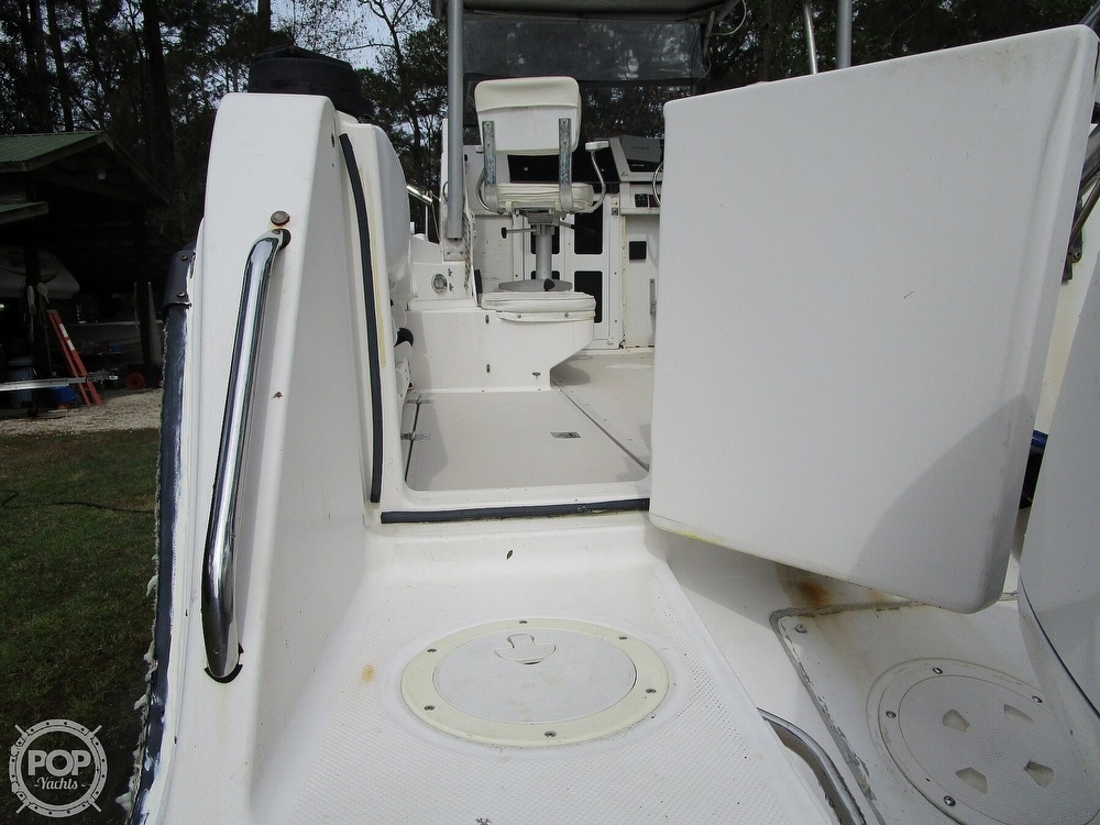 1995 Robalo boat for sale, model of the boat is 2440 & Image # 27 of 40