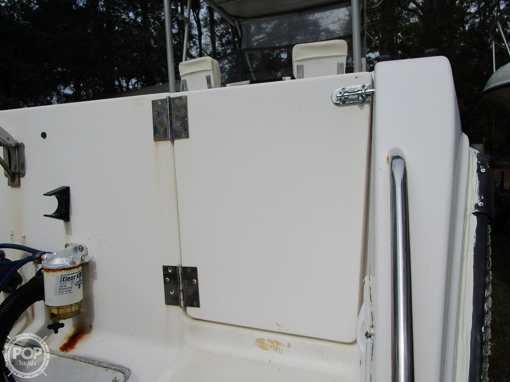 1995 Robalo boat for sale, model of the boat is 2440 & Image # 28 of 40