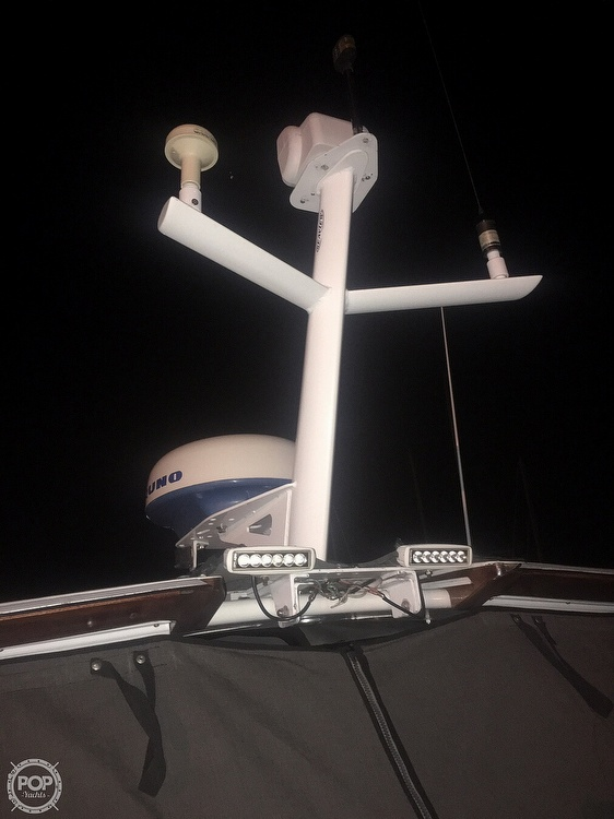 1991 Tiara Yachts boat for sale, model of the boat is 270 & Image # 24 of 40