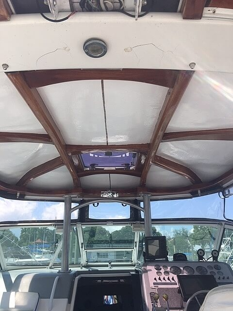 1991 Tiara Yachts boat for sale, model of the boat is 270 & Image # 3 of 40