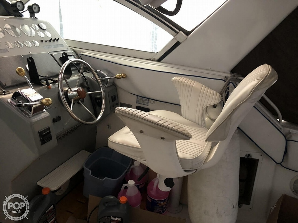 1991 Tiara Yachts boat for sale, model of the boat is 270 & Image # 7 of 40