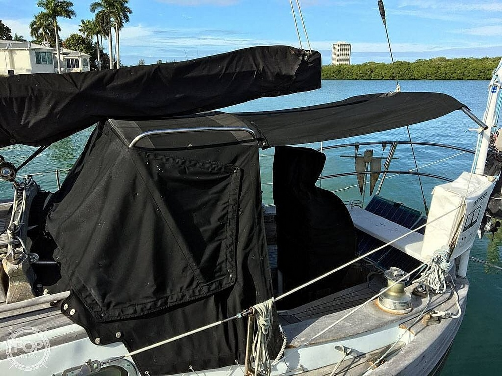 1978 Ta Shing boat for sale, model of the boat is Baba 30 Cutter & Image # 18 of 40