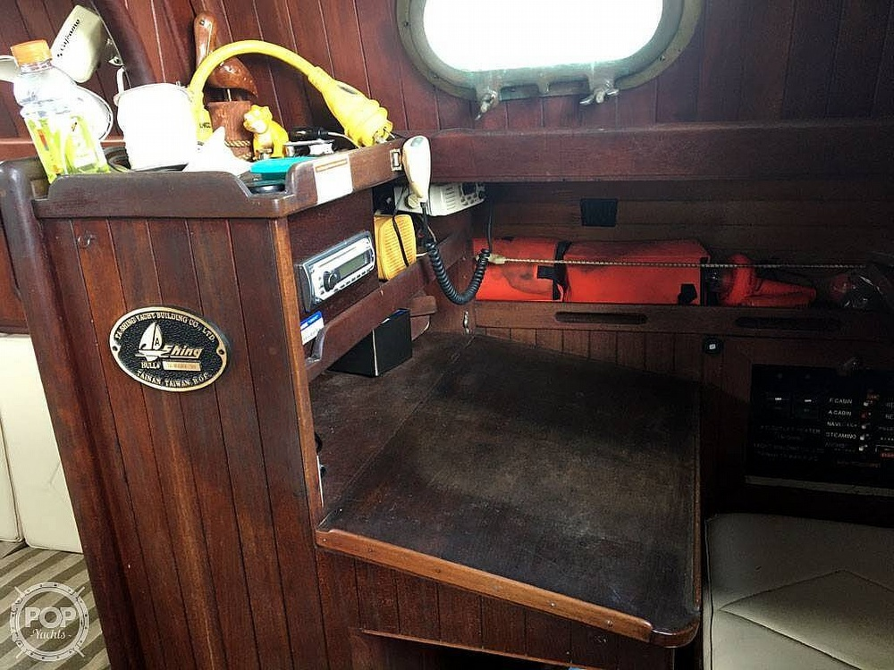 1978 Ta Shing boat for sale, model of the boat is Baba 30 Cutter & Image # 25 of 40