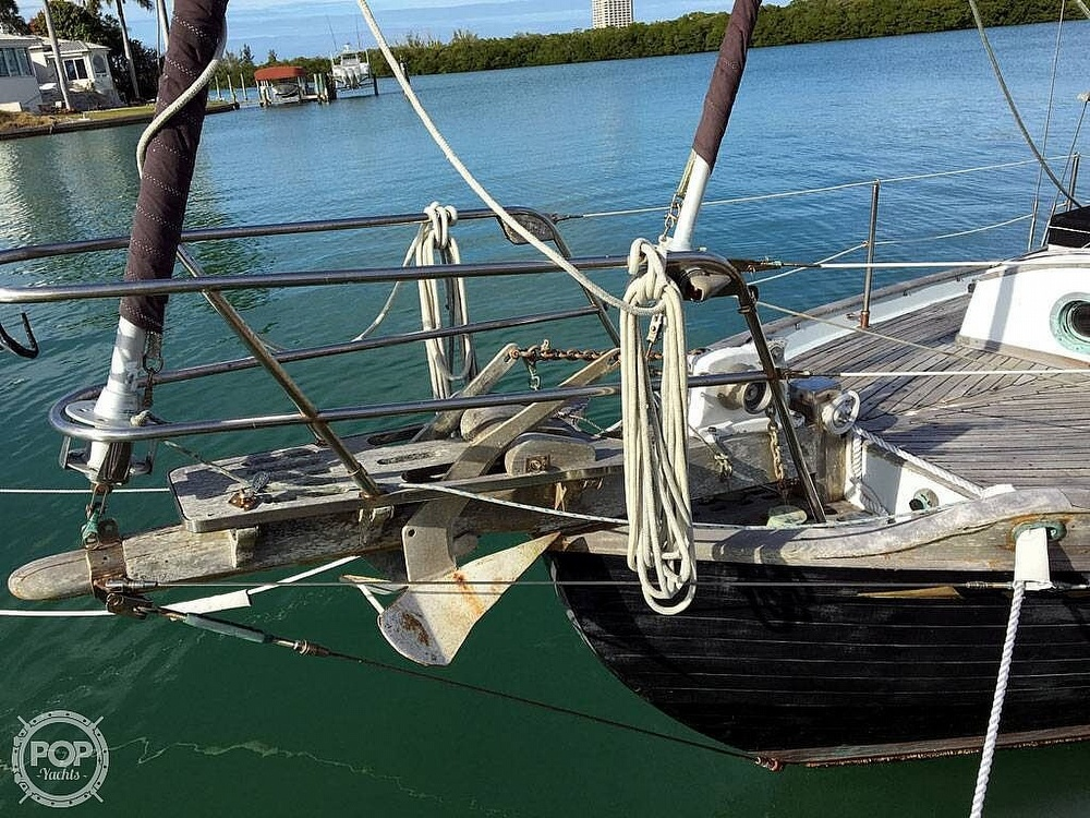 1978 Ta Shing boat for sale, model of the boat is Baba 30 Cutter & Image # 15 of 40