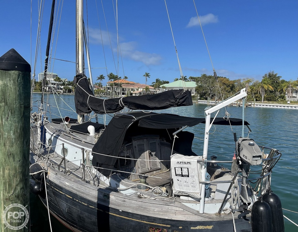 1978 Ta Shing boat for sale, model of the boat is Baba 30 Cutter & Image # 30 of 40