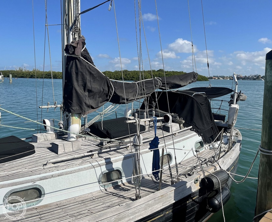 1978 Ta Shing boat for sale, model of the boat is Baba 30 Cutter & Image # 34 of 40