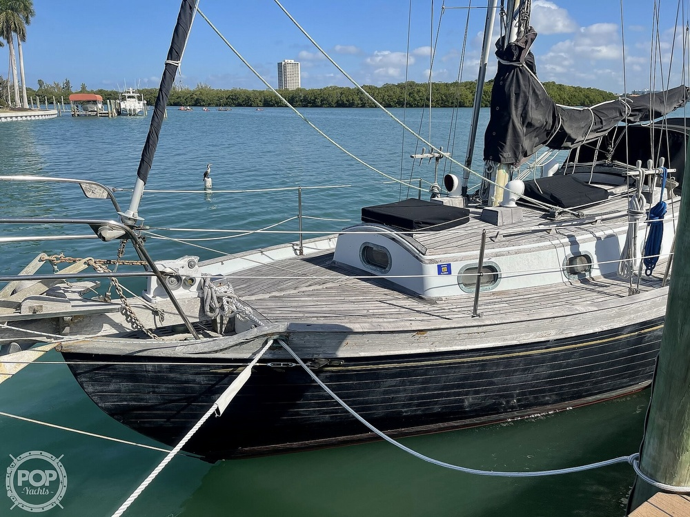 1978 Ta Shing boat for sale, model of the boat is Baba 30 Cutter & Image # 38 of 40
