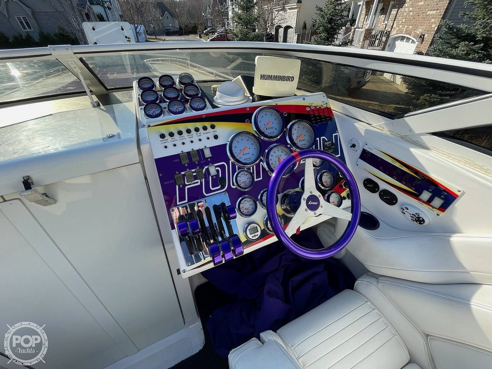 2005 Fountain boat for sale, model of the boat is Lightning 47 & Image # 6 of 40