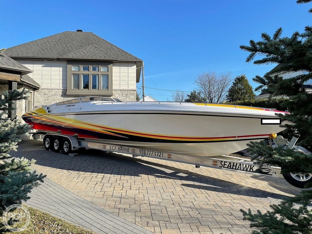 2005 Fountain boat for sale, model of the boat is Lightning 47 & Image # 2 of 40