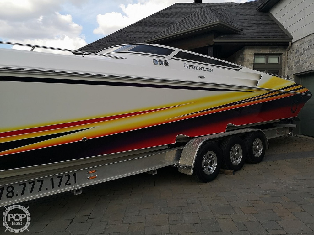 2005 Fountain boat for sale, model of the boat is Lightning 47 & Image # 7 of 40