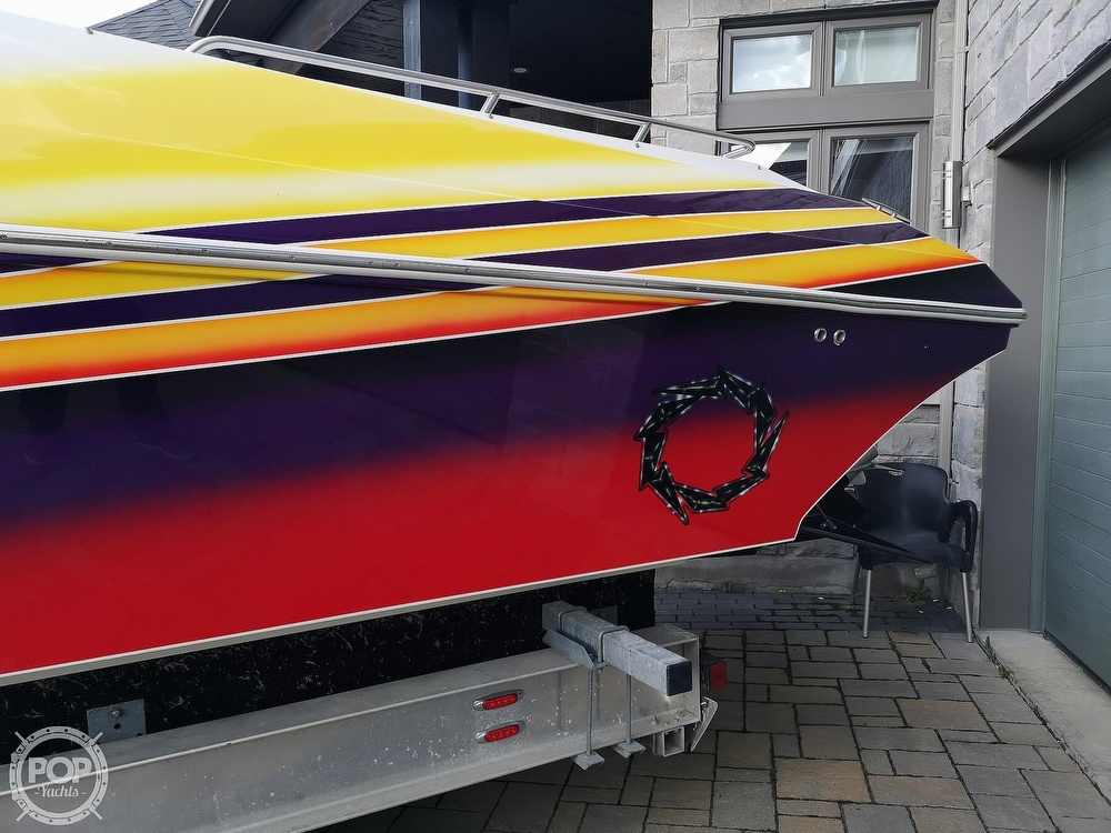 2005 Fountain boat for sale, model of the boat is Lightning 47 & Image # 8 of 40