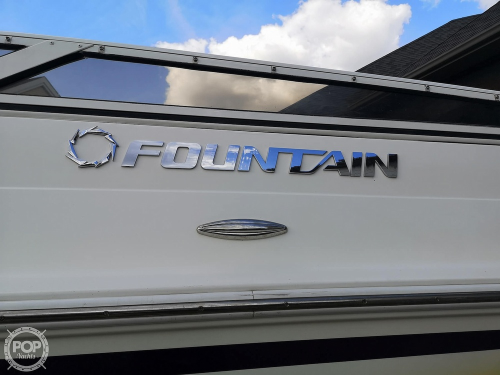 2005 Fountain boat for sale, model of the boat is Lightning 47 & Image # 11 of 40