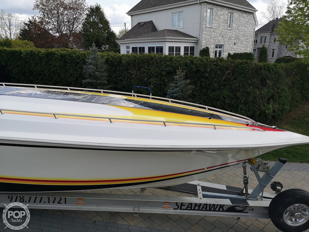 2005 Fountain boat for sale, model of the boat is Lightning 47 & Image # 27 of 40