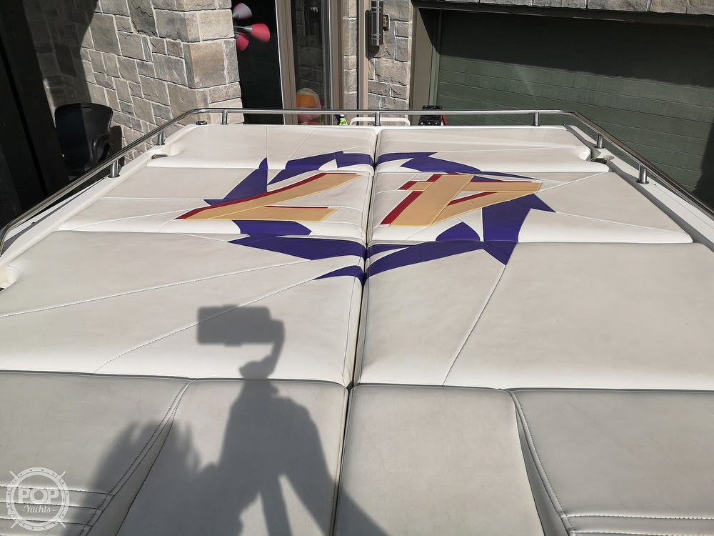 2005 Fountain boat for sale, model of the boat is Lightning 47 & Image # 33 of 40