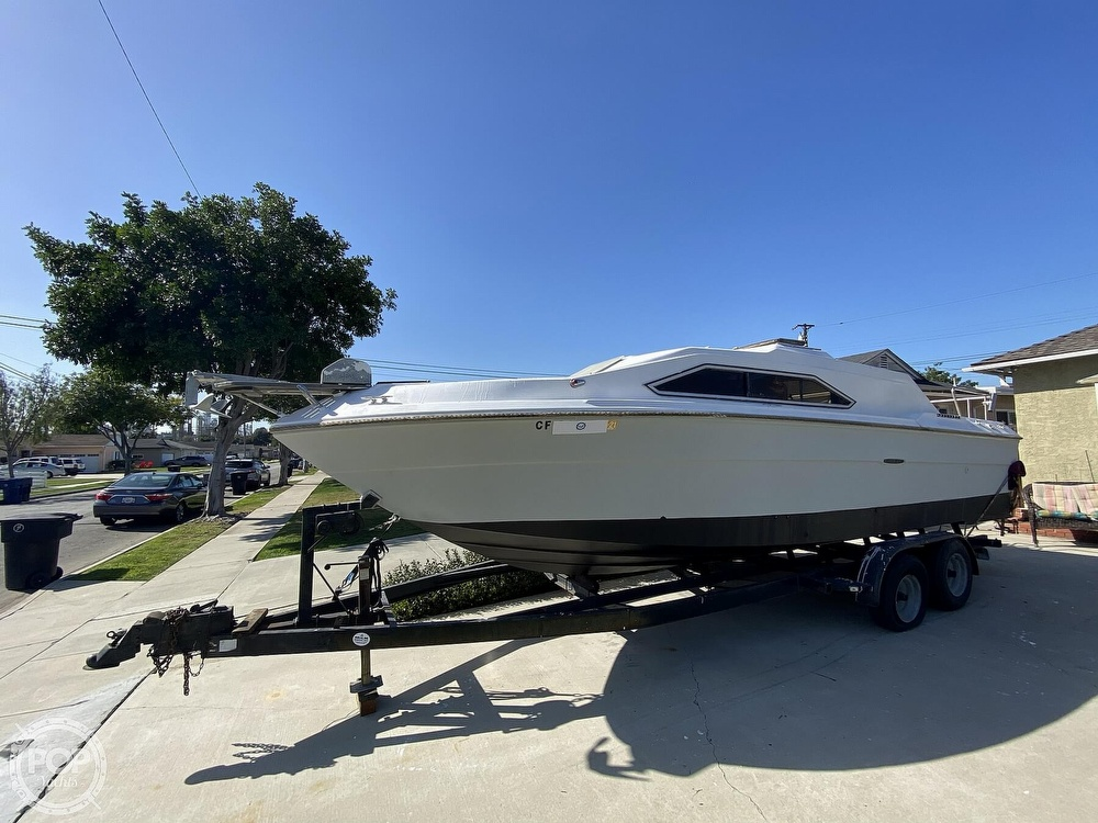 1982 Sea Ray boat for sale, model of the boat is 245 Sundancer & Image # 2 of 40