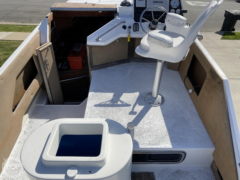 1982 Sea Ray boat for sale, model of the boat is 245 Sundancer & Image # 23 of 40