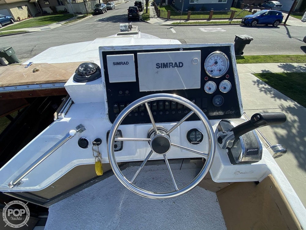 1982 Sea Ray boat for sale, model of the boat is 245 Sundancer & Image # 27 of 40