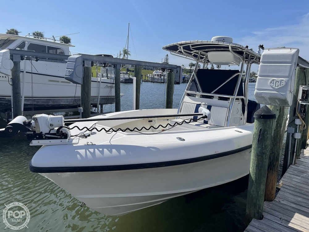 2003 Ocean Master boat for sale, model of the boat is 27 CC & Image # 4 of 40