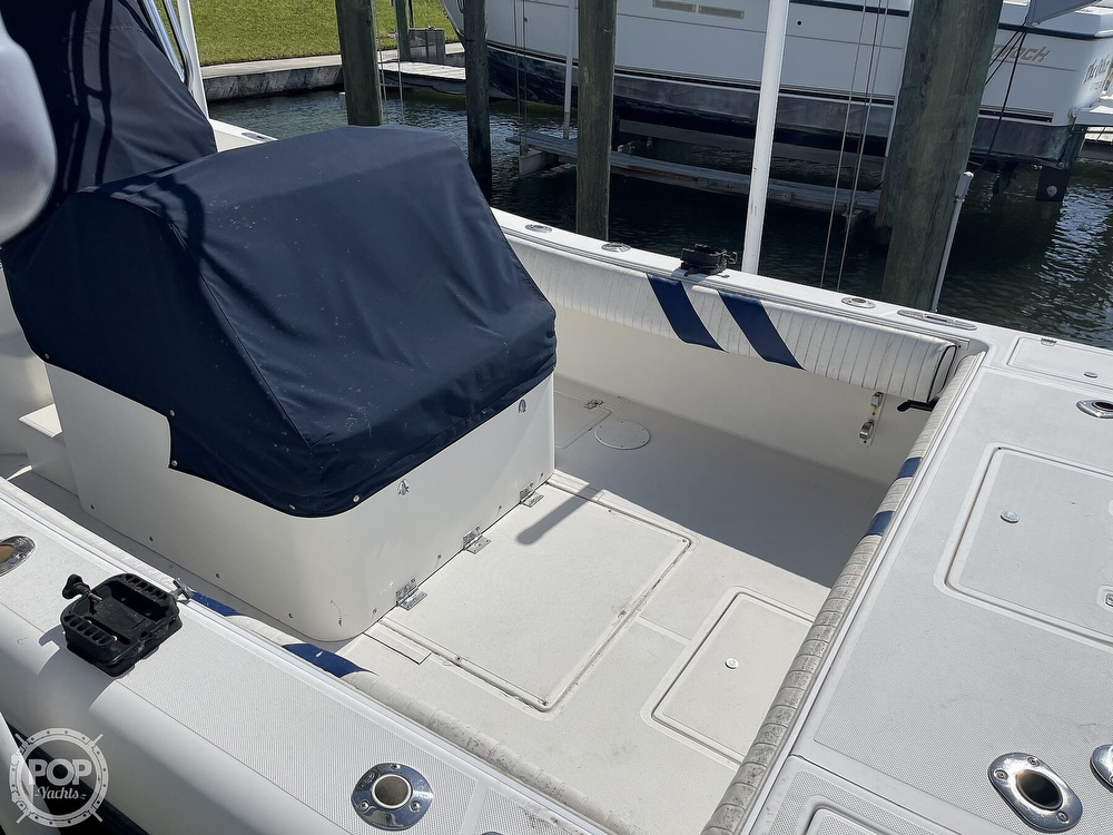 2003 Ocean Master boat for sale, model of the boat is 27 CC & Image # 35 of 40