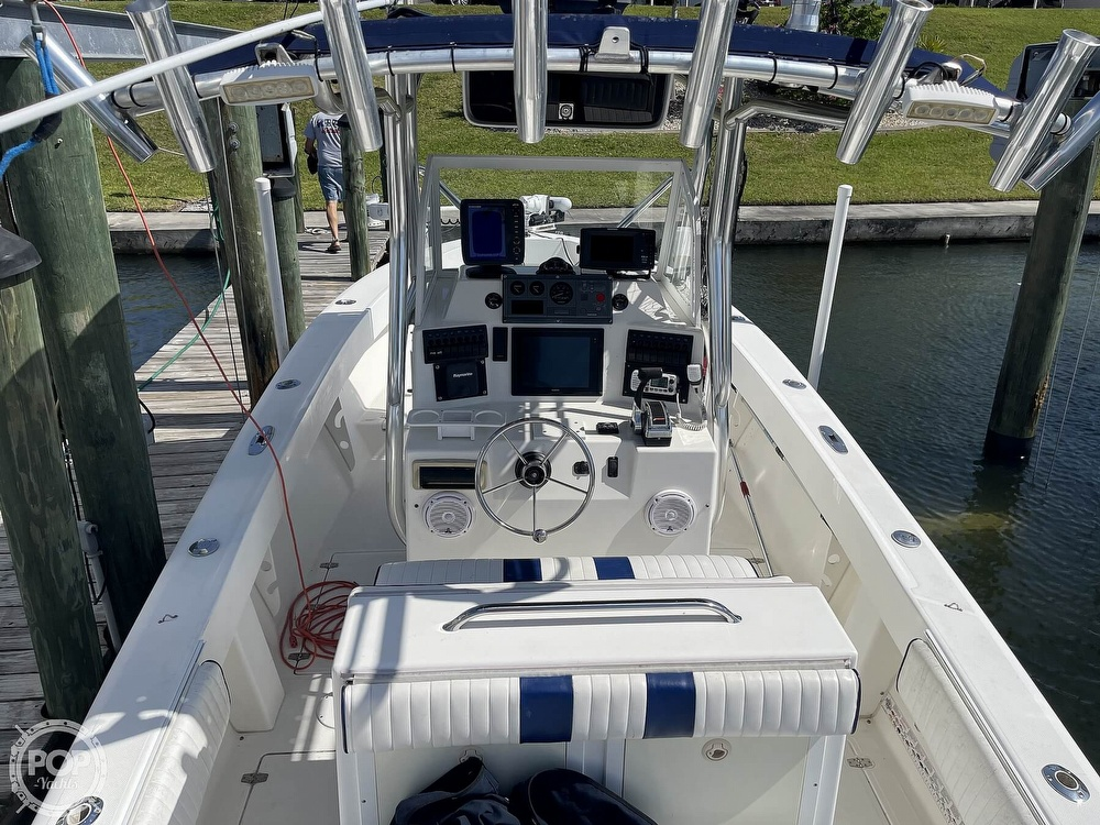 2003 Ocean Master boat for sale, model of the boat is 27 CC & Image # 7 of 40