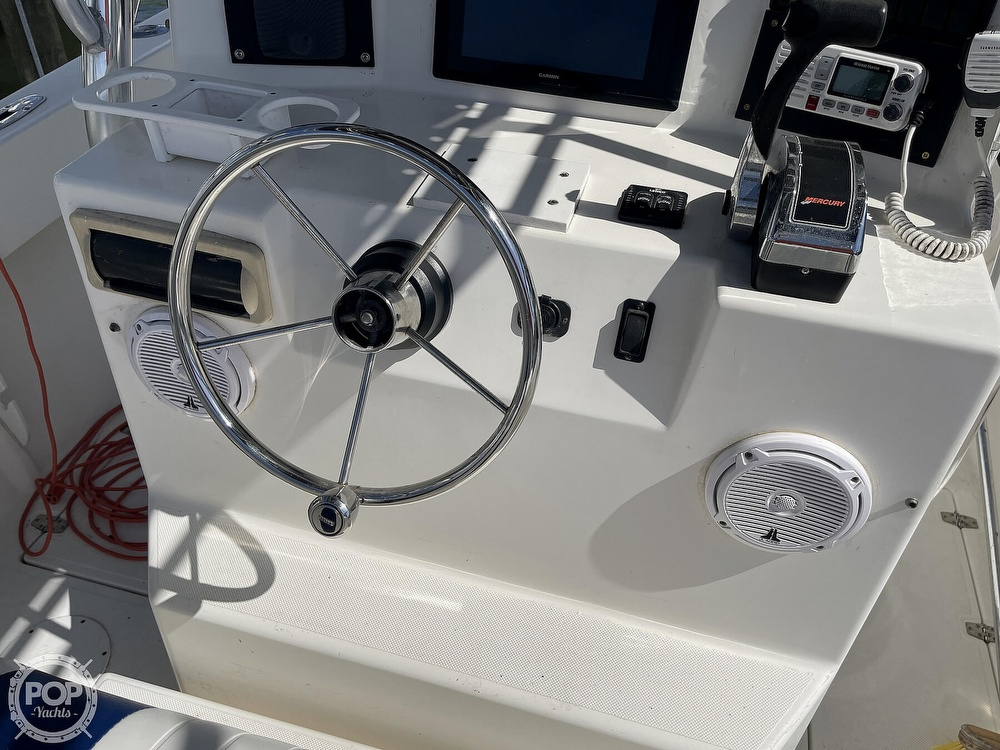 2003 Ocean Master boat for sale, model of the boat is 27 CC & Image # 12 of 40