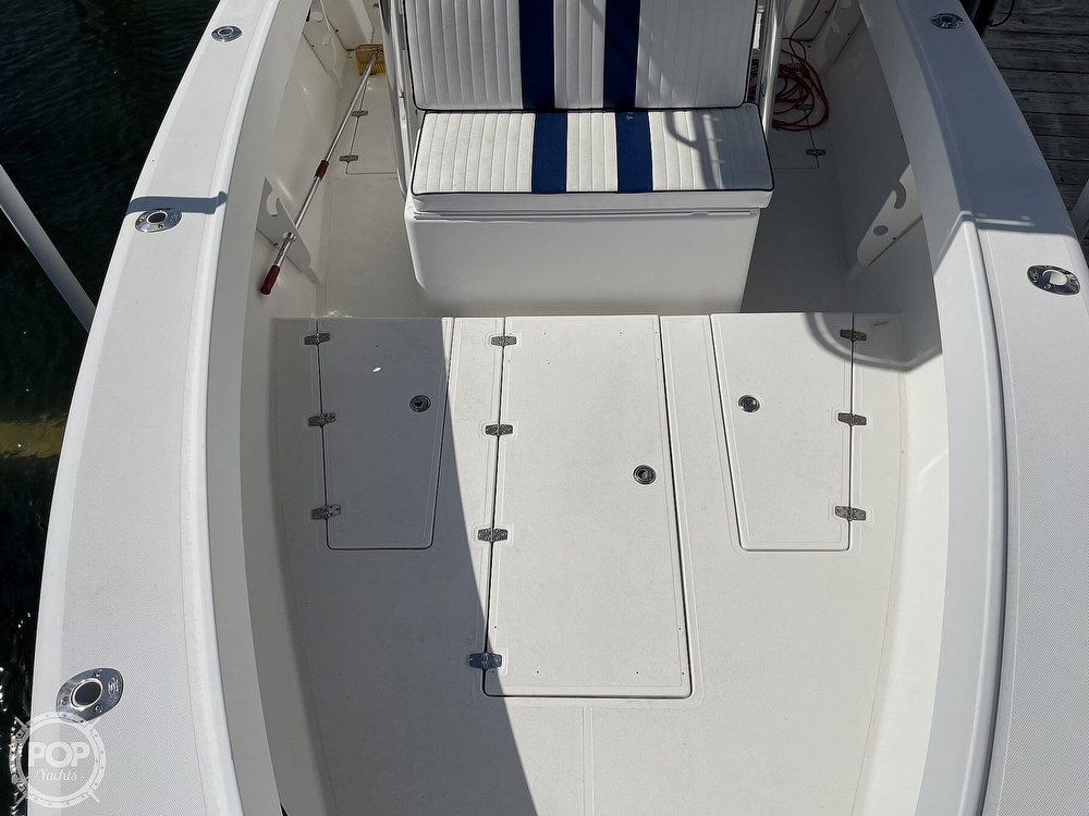 2003 Ocean Master boat for sale, model of the boat is 27 CC & Image # 6 of 40