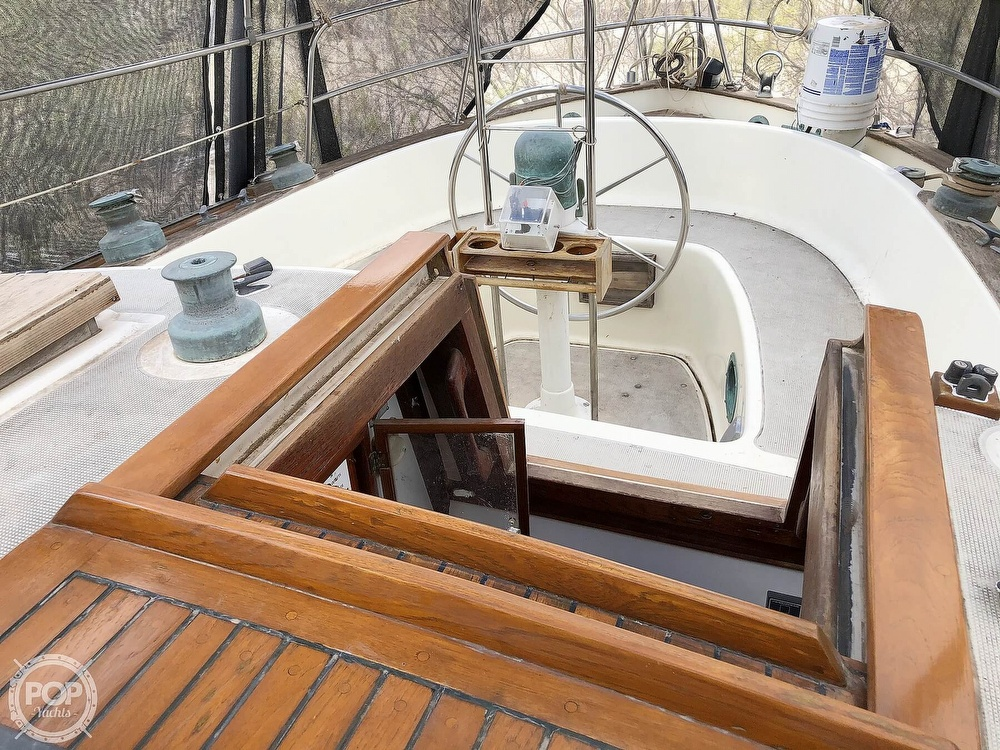 1976 Westsail boat for sale, model of the boat is 43 & Image # 5 of 40
