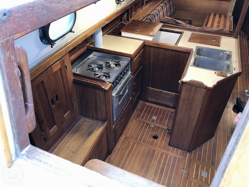 1976 Westsail boat for sale, model of the boat is 43 & Image # 7 of 40