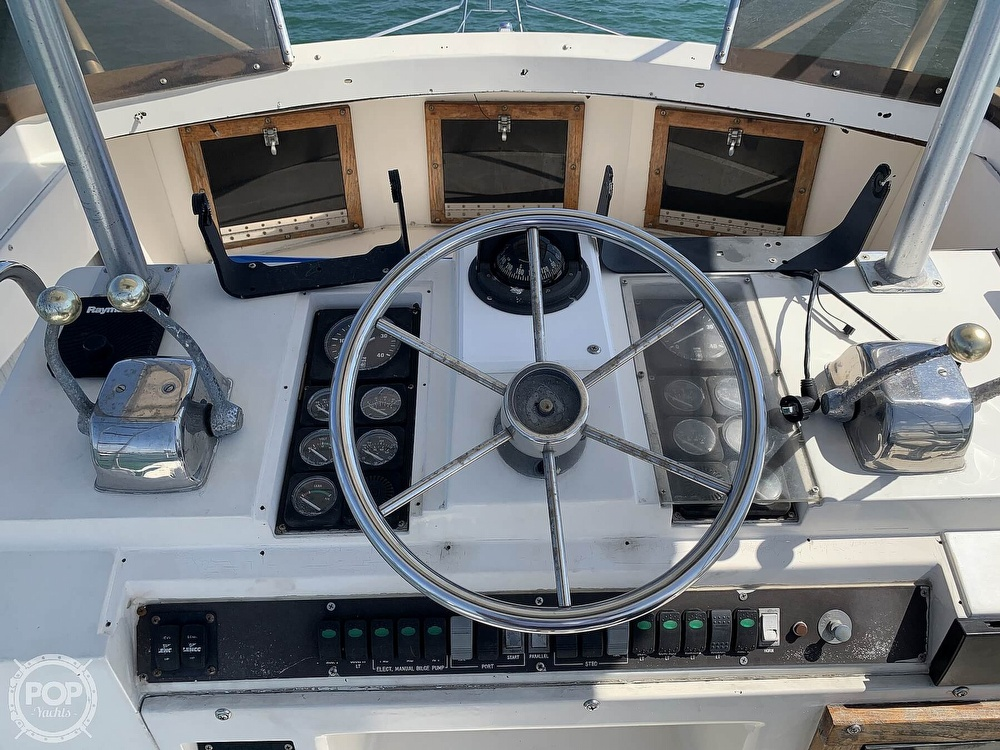 1982 Phoenix boat for sale, model of the boat is 38 CNV & Image # 36 of 40