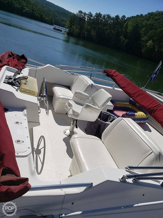 1997 Gibson boat for sale, model of the boat is 44 & Image # 15 of 41