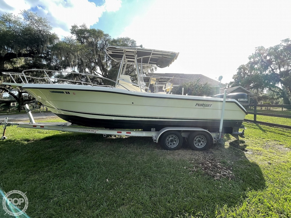 2000 Pursuit boat for sale, model of the boat is 2470 CC & Image # 10 of 40