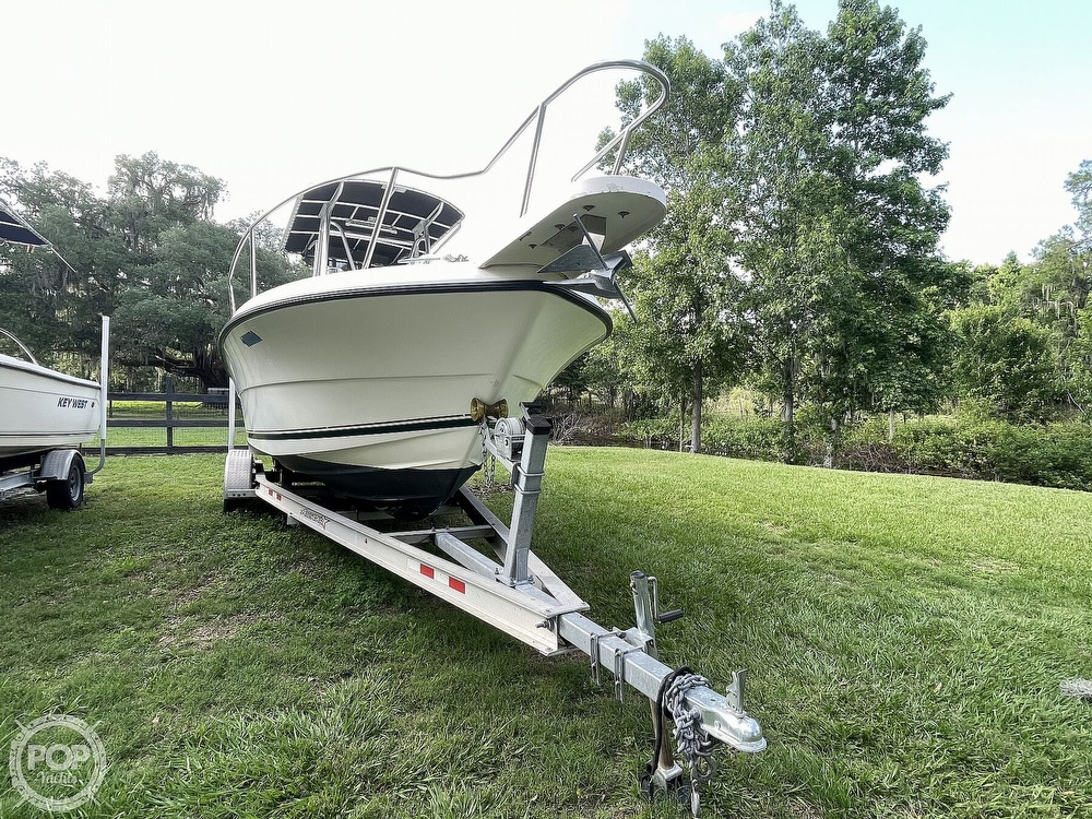 2000 Pursuit boat for sale, model of the boat is 2470 CC & Image # 14 of 40