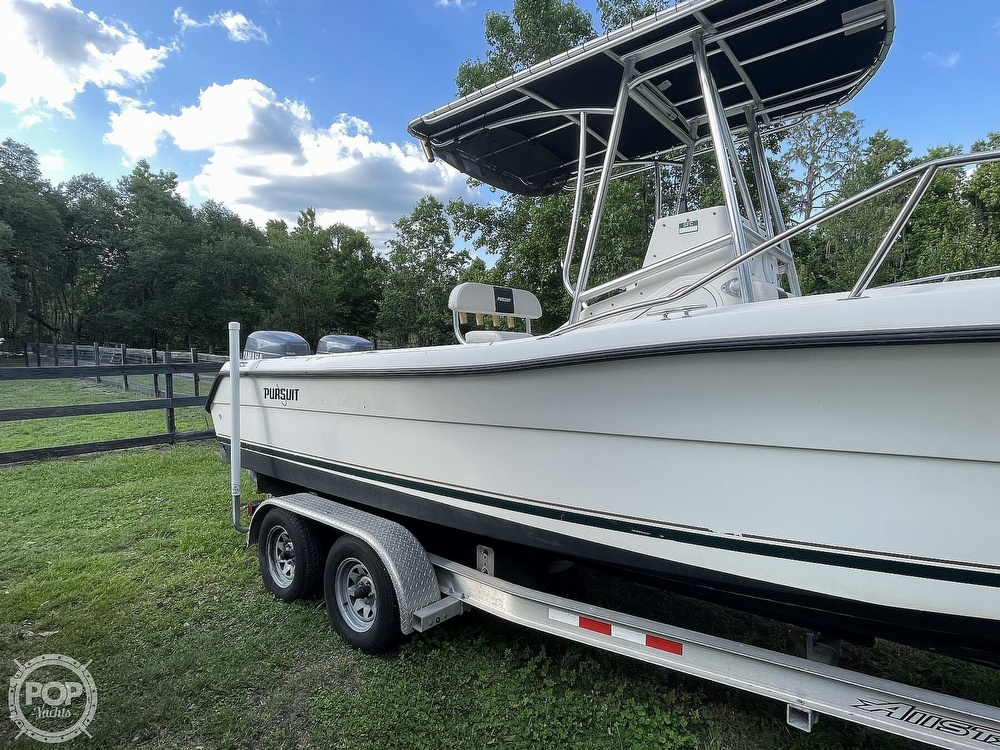 2000 Pursuit boat for sale, model of the boat is 2470 CC & Image # 16 of 40
