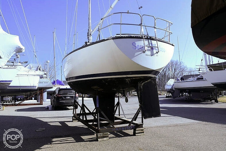 1982 S2 Yachts boat for sale, model of the boat is 9.2A & Image # 3 of 40