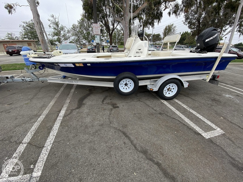 2010 Mako boat for sale, model of the boat is 18LTS & Image # 2 of 40