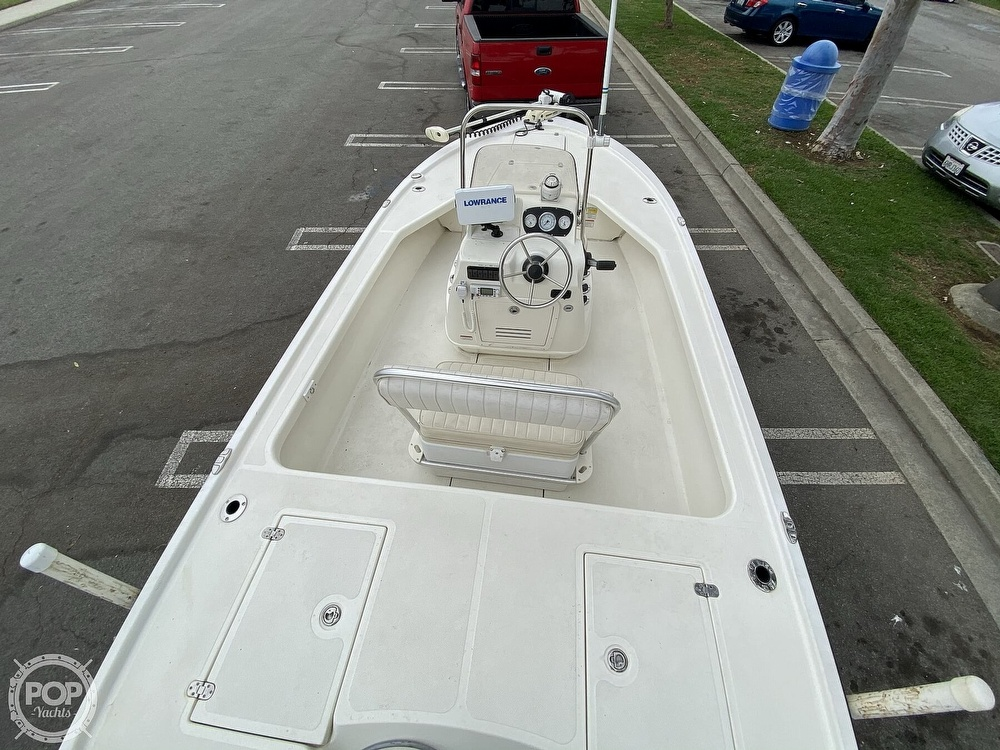2010 Mako boat for sale, model of the boat is 18LTS & Image # 25 of 40