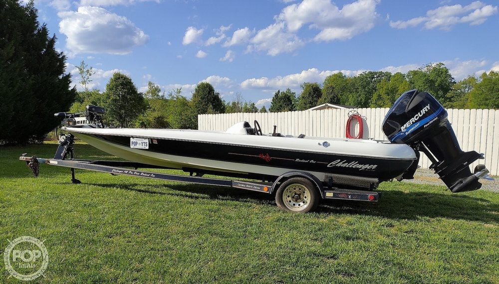 1992 Challenger boat for sale, model of the boat is 198 Pro Bass Radical One & Image # 5 of 40