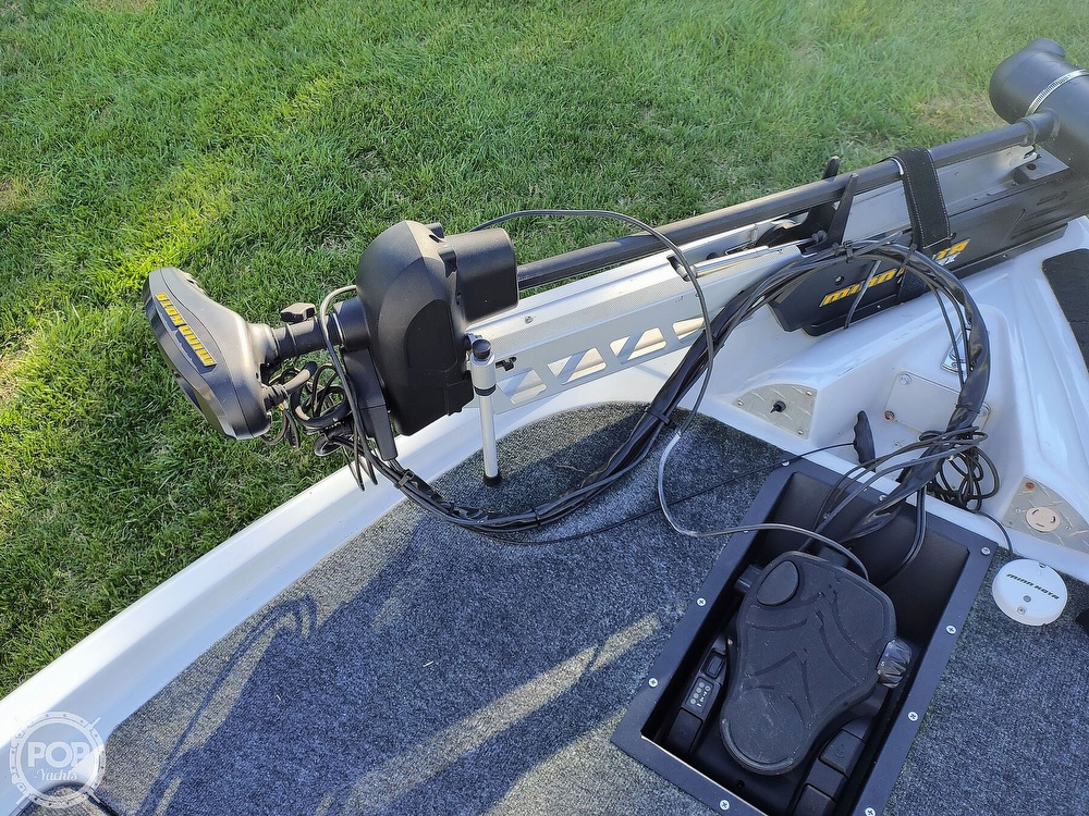 1992 Challenger boat for sale, model of the boat is 198 Pro Bass Radical One & Image # 28 of 40