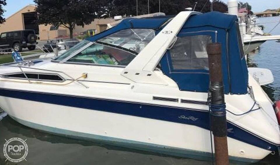 1991 Sea Ray boat for sale, model of the boat is 270 Sundancer & Image # 2 of 4