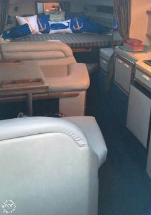 1991 Sea Ray boat for sale, model of the boat is 270 Sundancer & Image # 4 of 4