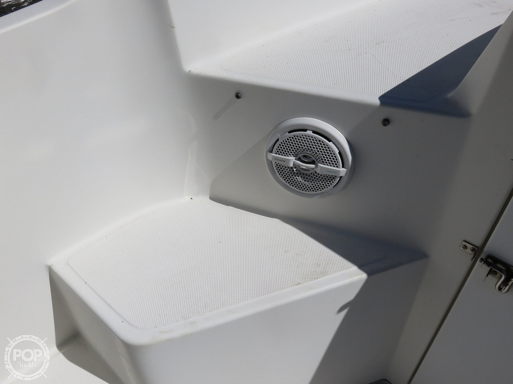 1999 Fountain boat for sale, model of the boat is 31 TE & Image # 19 of 40