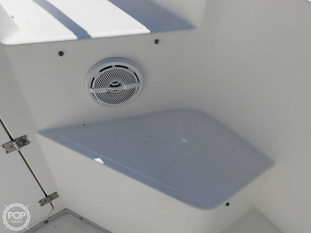 1999 Fountain boat for sale, model of the boat is 31 TE & Image # 20 of 40