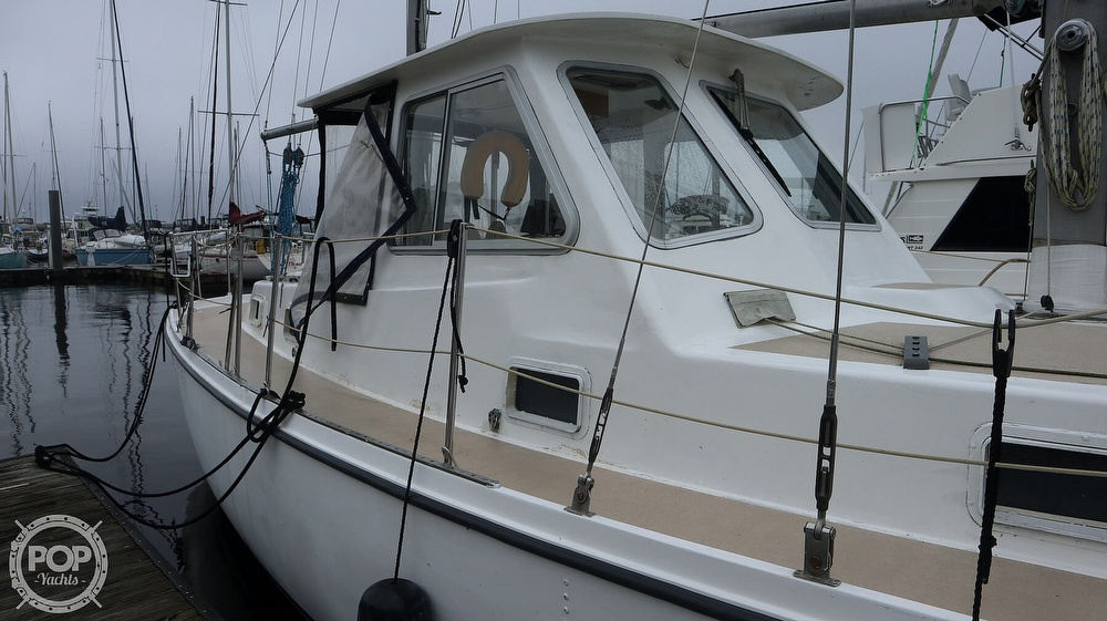 1974 Gulfstar boat for sale, model of the boat is 41 & Image # 22 of 40
