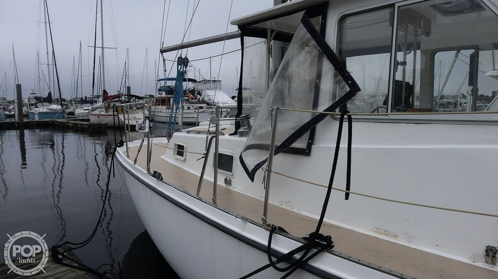 1974 Gulfstar boat for sale, model of the boat is 41 & Image # 23 of 40