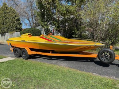 Eliminator Day Cruiser, 21', for sale - $40,000