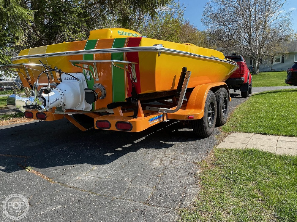 1981 Eliminator boat for sale, model of the boat is Day Cruiser & Image # 36 of 40